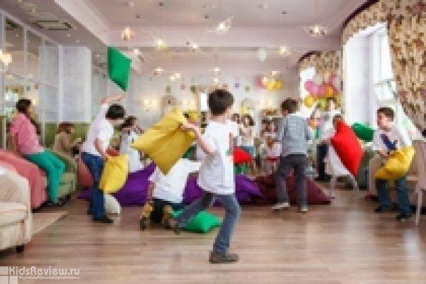 """Прыжки на батуте, бой на подушках, мастер-классы для детей 4-10 лет в кафе """"АндерСон"""", Москва"""
