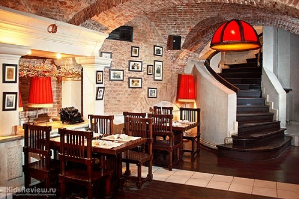 """""""Золотая рыбка"""", семейный ресторан в Москве, Китай-город"""