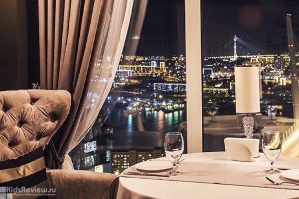 """""""Высота"""", панорамный ресторан с детской комнатой в ЖК """"Орлиное гнездо"""", Владивосток"""