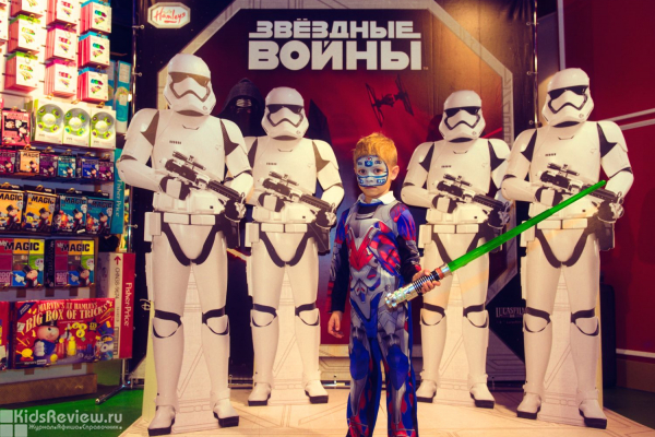 """Звёздные Войны в Hamleys, праздник для детей и взрослых в магазине в ТРЦ """"Европейский"""", Москва"""
