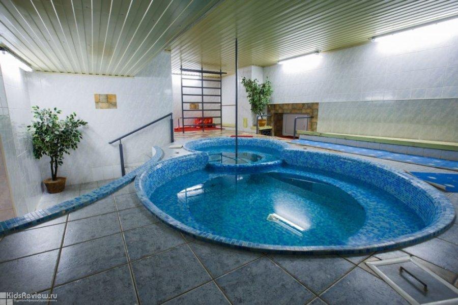 Клуб семейного отдыха, бассейн, фитнес и детская игровая комната на Елизаровых, Томск