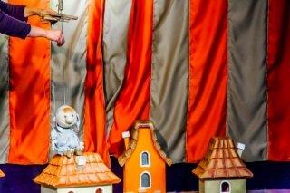 """""""Три поросенка"""", спектакль для детей от 4 лет от Новоуральского театра """"Сказ"""" на сцене Театра """"Щелкунчик"""", Екатеринбург"""