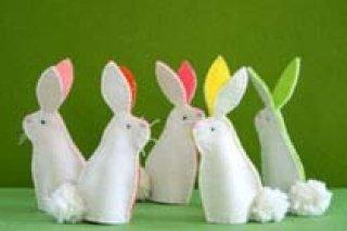 """Фетровые кролики - украшения для пасхальной композиции, мастер-класс для детей 5-12 лет в студии """"Золотой гранат"""" в Перми"""