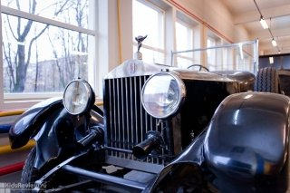 Выставка ретроавтомобилей в рамках празднования Дня города 2014 в Екатеринбурге