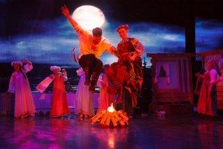 """""""Круглый год"""", театрализованный концерт для детей от 6 лет и родителей в Театре эстрады, Екатеринбург"""