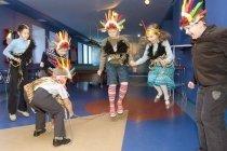 """""""Эгоист"""", семейный клуб, боулинг, детское кафе с караоке и детским меню, проведение детских праздников, отметить день рождения ребенка в Советском округе, Омск"""
