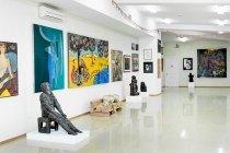 """Галерея и музей современного искусства """"Артэтаж"""" во Владивостоке, фото"""